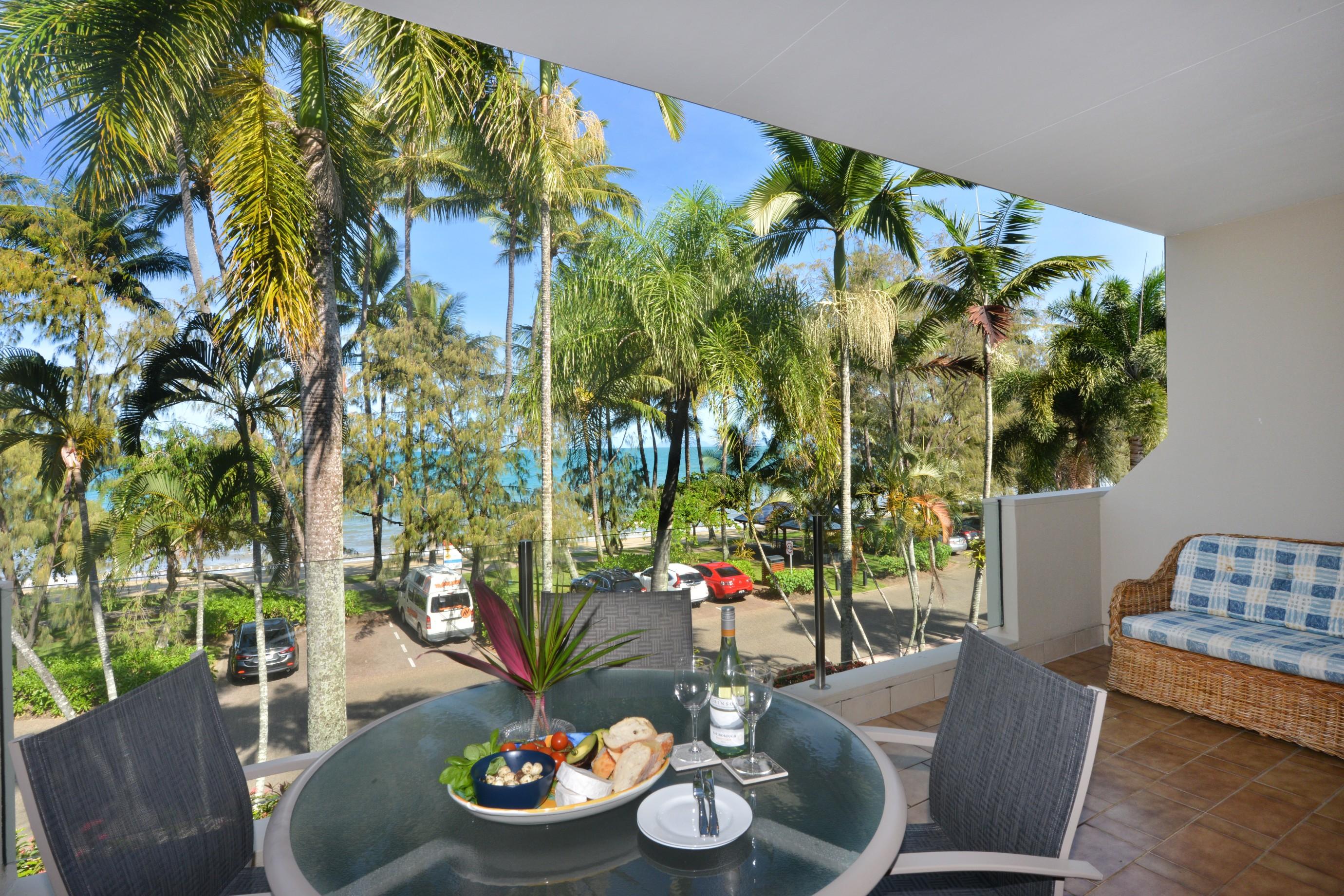 The Boutique Collection 27 Cayman Villa PortDouglas Australia